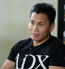 Cung Le (Vietnamese: Lê Cung, born May 25, 1972) is a Vietnamese-American[5] Sanshou kickboxer, mixed martial artist, and actor from Saigon, Vietnam currently competing in the UFC. He is the former IKF Light Heavyweight San Shou World Champion and has a professional San Shou record of 16-0 before moving to mixed martial arts (he also held an undefeated kick-boxing record of 17-0). He defeated Frank Shamrock to become the second Strikeforce Middleweight Champion before vacating the title to…