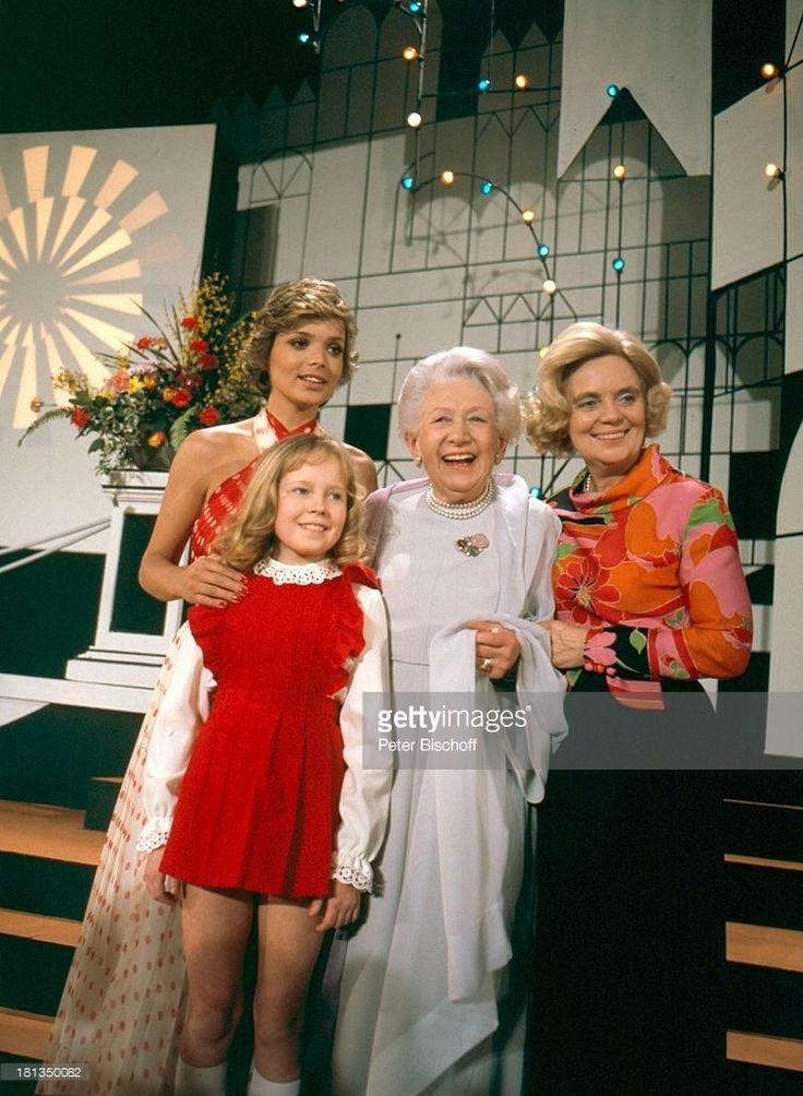 Uschi Glas, Anita Hegerland, Agnes Windeck, Heidi Kabel (v.l.n.r.) - 'Glücksspirale', ZDF-Fernsehlotterie 1973, Köln, Deutschland