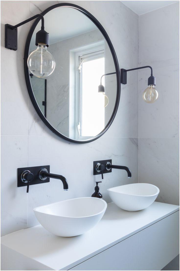 Best 25 Round Bathroom Mirror Ideas On Pinterest Bathroom Inspiration Circle Light Mirror
