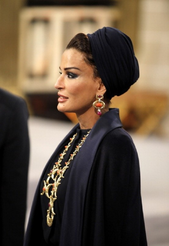 Sjeikha Moza bint Nasser al Misned of Qatar during the inauguration ceremony of King Willem Alexander and Queen Maxima of the Netherlands at New Church on 30 April 2013