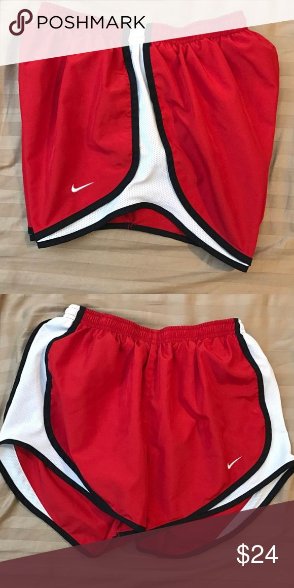 Nike tempo shorts Great condition. Just missing the drawstring. Size small. Same/next day shipping! Nike Shorts