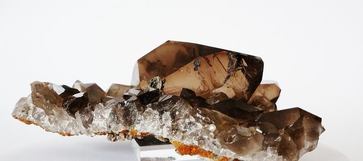 plaque de quartz fum avec gwindel cristal du mont blanc trouv par un cristallier prix 550. Black Bedroom Furniture Sets. Home Design Ideas