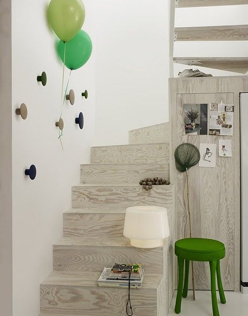 : Wall Hooks, Coats Hooks, Dots Coats, Stairs, Boys Rooms, Doors Knobs, Drawers Knobs, The Dots, Kids Rooms