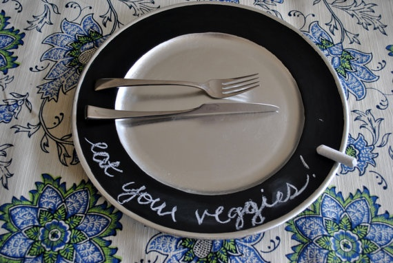 chalkboard PLATES?!?!  yes. Would love to do this as a housewarming gift