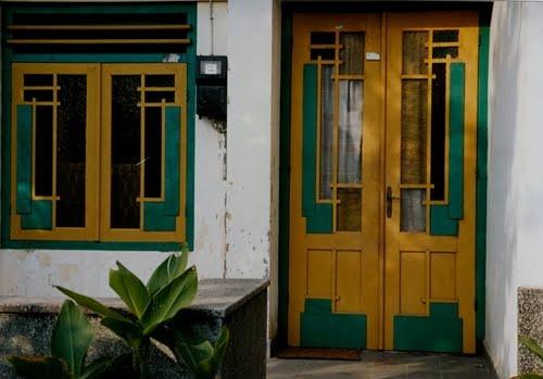 An old door in Yogya