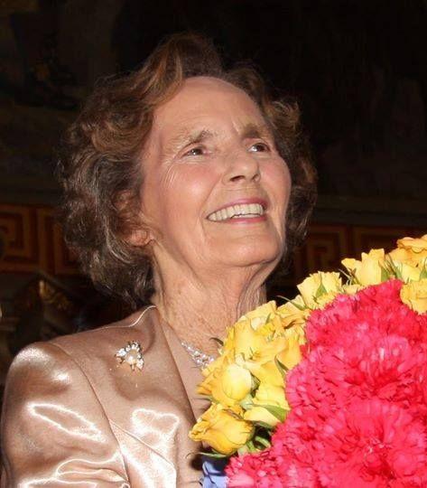 Majestatea Sa Regina Ana a României, Prințesă de Bourbon-Parma… Her Majesty Queen Anne of Romania, Princess of Bourbon-Parma
