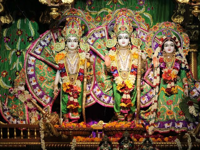 Discover very beautiful wallpapers of Lord rama sita laxaman and hunuman,you have never seen before.Alongwith it read unknown stories related to lord rama