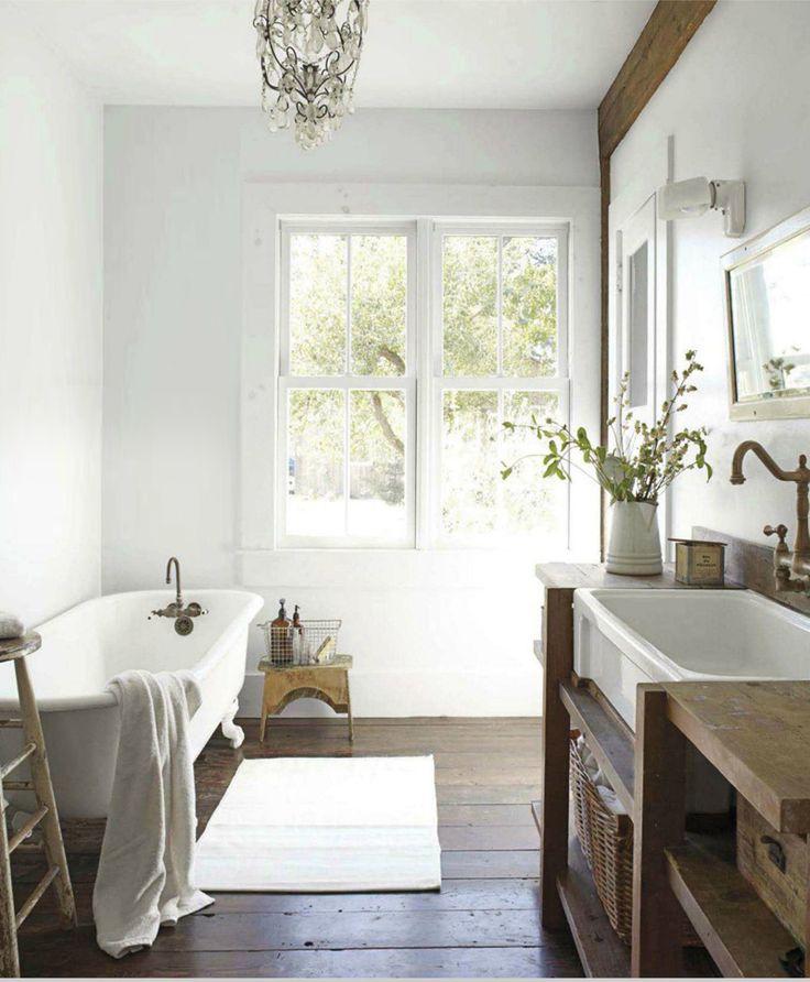 Licht in je badkamer doet de ruimte groter lijken. - Makeover.nl