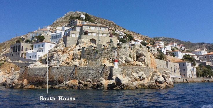 Private holiday house to let for self-catering accommodation in Hydra Island, Greece.