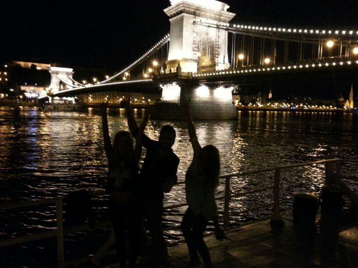Μεσάνυχτα στην Βουδαπέστη!  Midnight in Budapest