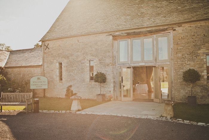 Caswell House in Brize Norton, Oxfordshire, is a stylish romantic barn #wedding…