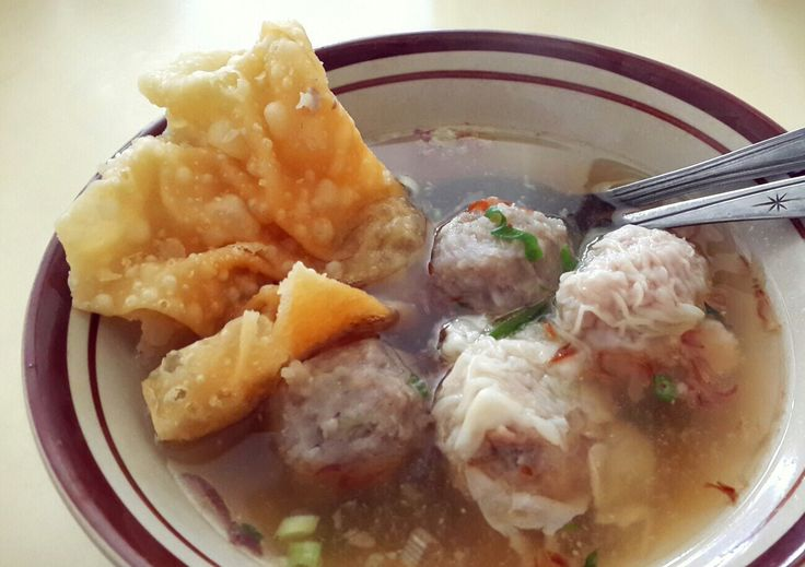 Bakwan Malang! A must try Indonesia signature dish *drooling