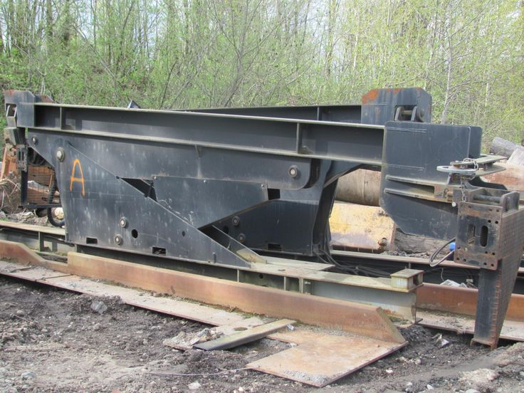 20' Shipping Can Tilter $32,000.00 Auto Office 64-855-1644 Scales Office  604-852-1296  http://www.captncrunch.ca/#!heavy-equipment/c230d