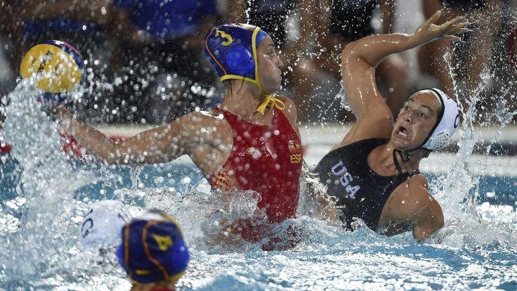 La selección femenina de waterpolo, plata mundial tras caer ante Estados Unidos