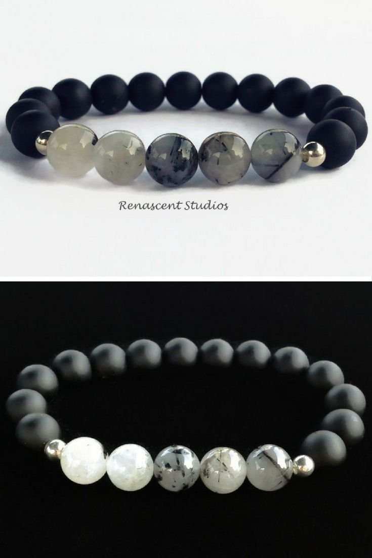 This quartz beaded gemstone bracelet is simple and refined, something every man would love to wear.