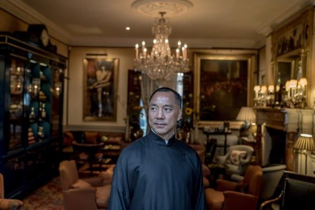 guo-wengui-was-in-london-recently-at-the-prestigious-mark-s-clubcn