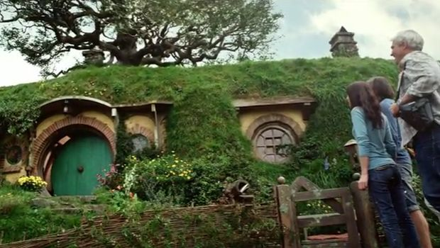 Discover the real Middle-earth on the most picturesque private farmland near Matamata in the North Island of New Zealand, and enjoy a visit to the Hobbiton Movie Set from The Lord of the Rings film trilogy in a fascinating two-hour guided tour! #LOTR #middleearth http://rotoruasuperpasses.co.nz/superpasses-drive-yourself/middle-earth-pass/