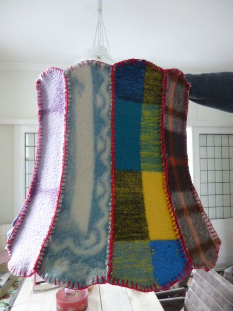 lampenkap bekleed met oude dekens