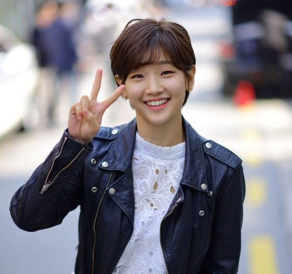 Park So Dam opens up about being different and plastic surgery