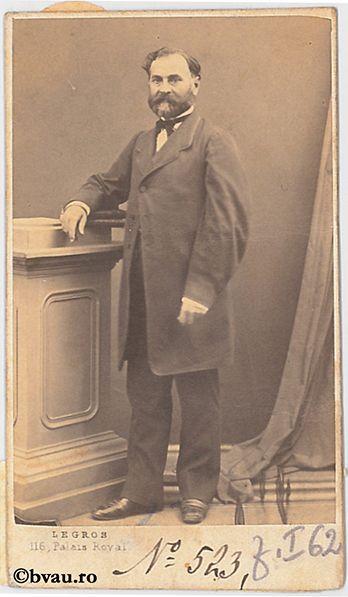 "Profesor Zaharia Columb, Paris. Imagine din colecțiile Bibliotecii ""V.A. Urechia"" Galați."