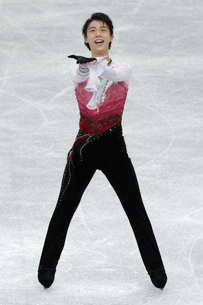 Yuzuru Hanyu Photos: ISU Grand Prix of Figure Skating NHK Trophy - Day 2
