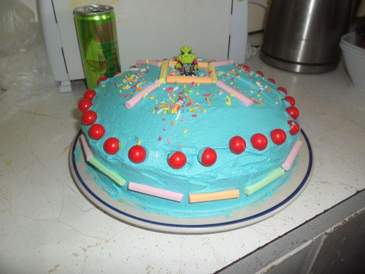 Jett made a spaceship cake