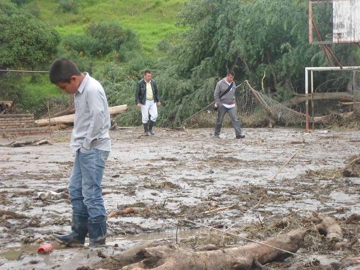 Desbordamiento de Rio en Bogotá. Las tragedias suceden cuando la vida se lleva algo más que lo material.