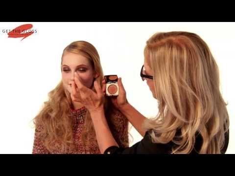 ▶ Mary Greenwell's Masterclass: '70s-inspired Biba Make-up - YouTube