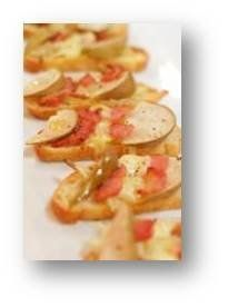 Die Nataniël Tafel-resep: Peer-en-gouda-crostini | SARIE