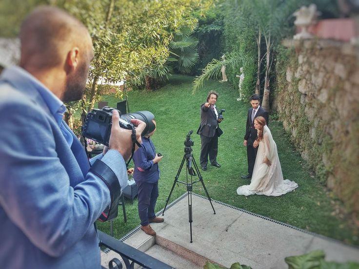 A celebrar o Dia Mundial da Fotografia deixamos algumas fotografias atrás das câmaras. Sempre nos Melhores Momentos! #atrasdacamara #bts #bastidores #fotografo #photographer #diamundialdafotografia #ilovephoto #ilovemyjob #wedding #casamento   #BTS, #Casamento, #Sessão#Casamento, #WorkingBTS, casamento, Sessão :: Fabrica da Fotografia