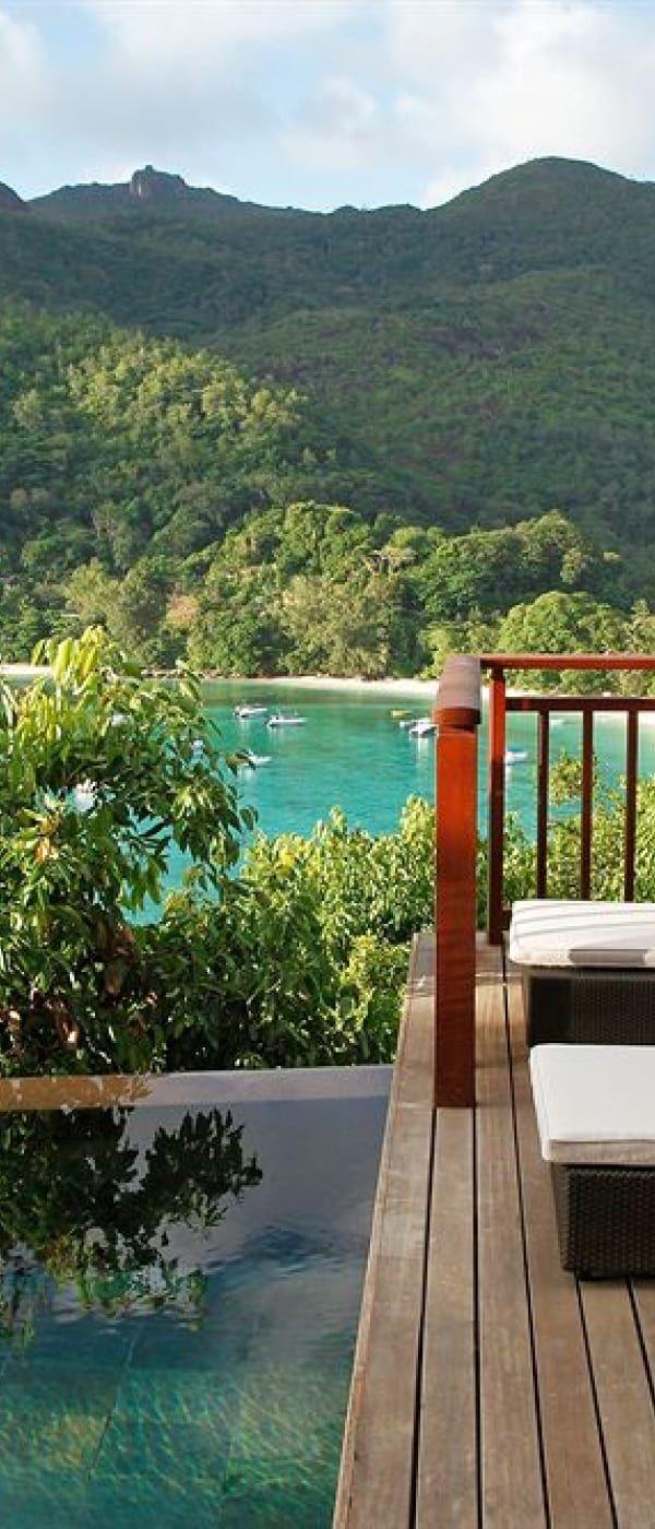 Constance Ephelia Resort Terrace/Patio