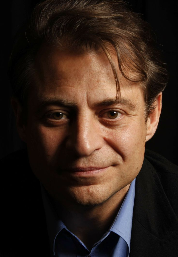 """Peter Diamandis was born in NYC.His Greek parents were in the medical business.From early age,he expressed an interest in space exploration.He earned an undergraduate degree in Molecular Genetics degree in Aerospace Engineering from the MIT his M.D. from Harvard Medical School.He won multiple awards like the 2010 Economist """"No Boundaries"""" Award etc.His mission is to open the space frontier for humanity.His motto is: """"The best way to predict the future is to create it yourself."""""""