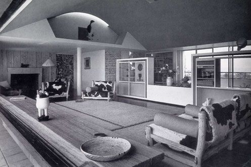 Penthouse living room of Highpoint Two, Highgate, London, 1937-1938 Design: Berthold Lubetkin, Tecton via designmuseum.org