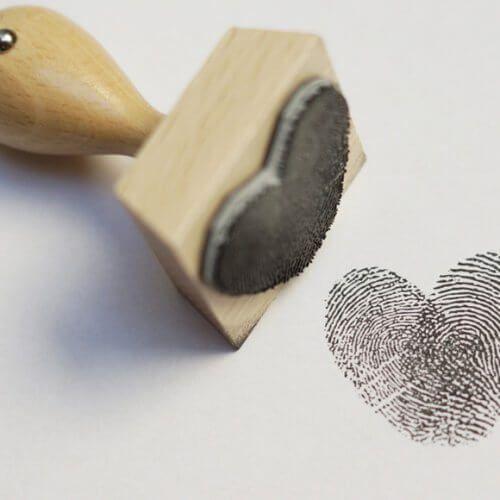 Fingerabdruck Stempel für die Hochzeit