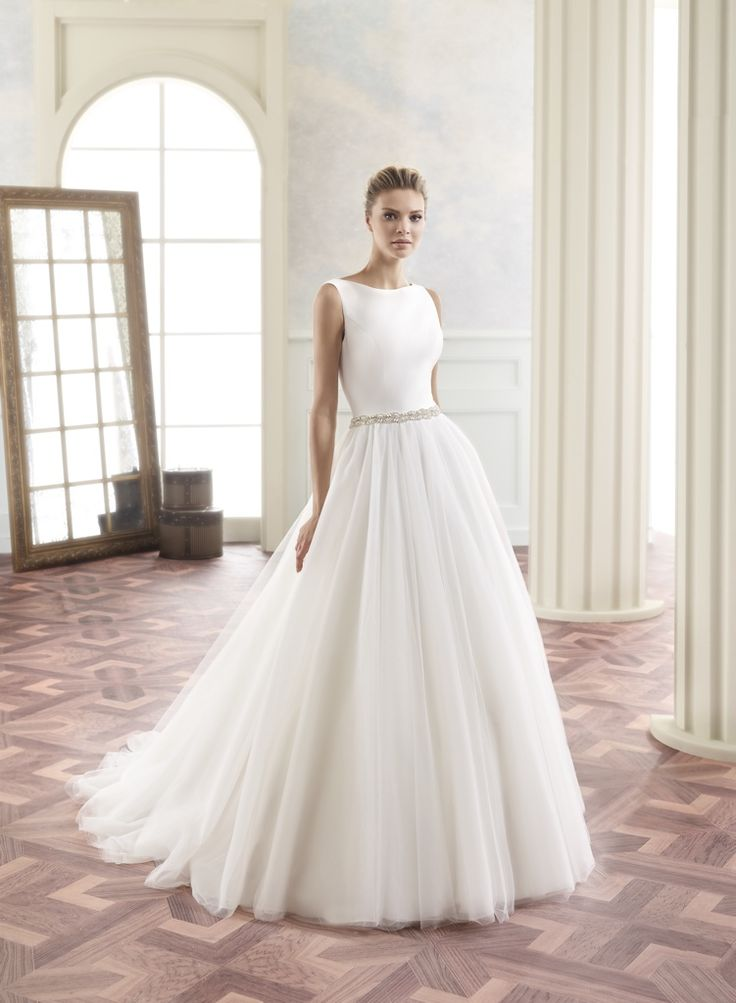 94 best Brautkleid images on Pinterest | Wedding dressses ...