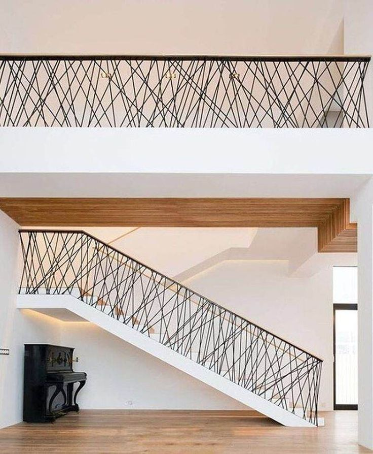 les 25 meilleures id es de la cat gorie rampe d 39 escalier sur pinterest rampes remodeler la. Black Bedroom Furniture Sets. Home Design Ideas