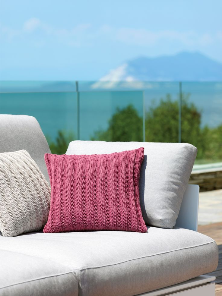 What is closer to comfort and wellbeing than knitwear?   VITEO knitwear outdoor cushions are available in three patterns in nine colors each. We provide two sizes of 40x40cm or 60x60cm. The used yarn is suitable for outdoor-use and UV-resistant, the inner life of the cushion is water insensible.   A light shower does not damage the cushion and sun beams do not bother it.