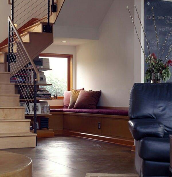 Espacio bajo escalera