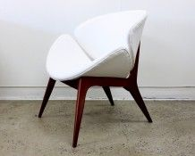 1960a Lip chair at The Vintage Shop