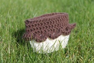 Crochet Cupcake Coffee Cozie. $7 or 2/$10