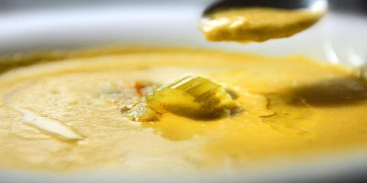 OPPSKRIFT MED SELLERISUPPE: Det er latterlig enkelt å lage sellerisuppe. Den lages akkurat som andre supper - men hva med krydder?=