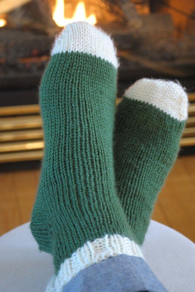Padrão genérico de meias de malha começando com a ponta do pé (com uma ta ...
