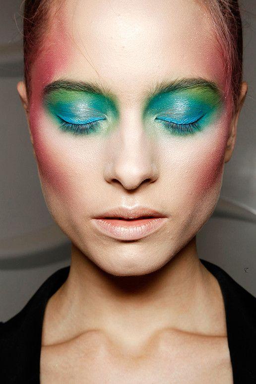 Uitzonderlijk 13 best catwalk make up images on Pinterest | Runway makeup  XA38