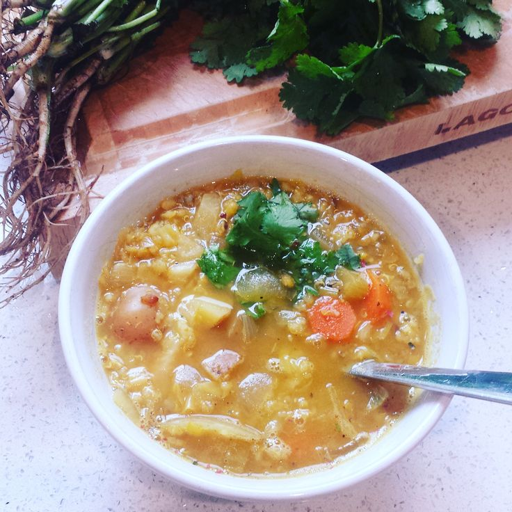 HEARTY GOLDEN FALL SOUP