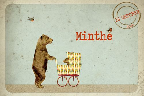 Geboortekaartje meisje of jongen - beer met baby beer in kinderwagen - vintage stijl - Pimpelpluis - https://www.facebook.com/pages/Pimpelpluis/188675421305550?ref=hl (# beer - koets - stoer - lief - retro - vintage - vogel - vogeltje - blaadjes - kleurrijk - dieren - stempel - baby - origineel)