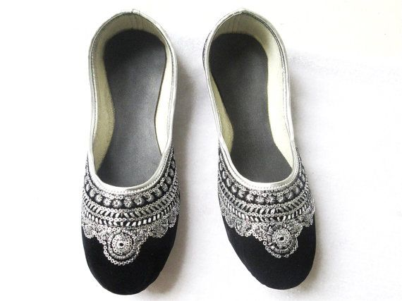 Black Flat Shoes Wedding Shoes Silver Shoes Indian by BeautyShop21