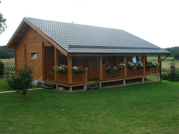 Casas de madera. Construir una casa de madera representa una solución óptima tanto desde el