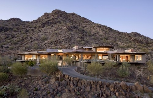 Arizona home...one of the most stunning I have ever seen...great decorating