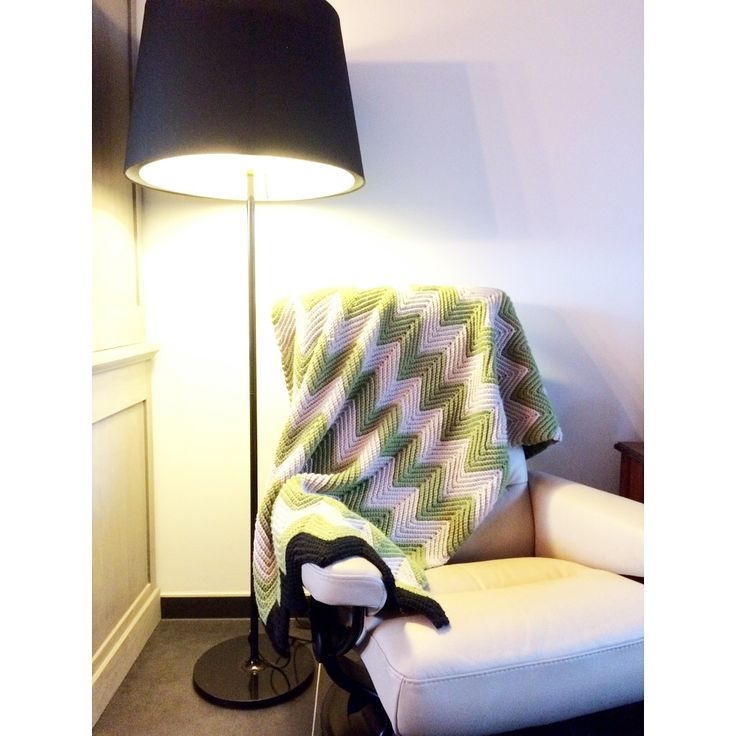 Crochet tapestry or plaid chevron pattern