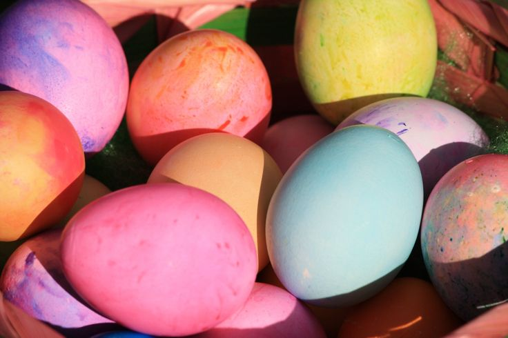 A recipe round up of Easter Treats and baking by One Take Kates favourite New Zealand foodies and food bloggers | onetakekate.com